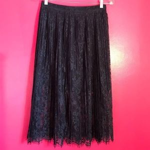 H&M Pleated Overlay Lace Midi Navy Skirt